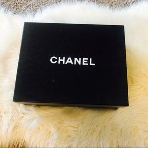 💕CHANEL Empty shoe box